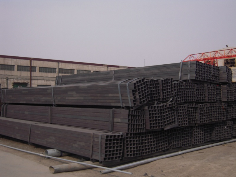 Black Square steel pipes/Square steel tubes